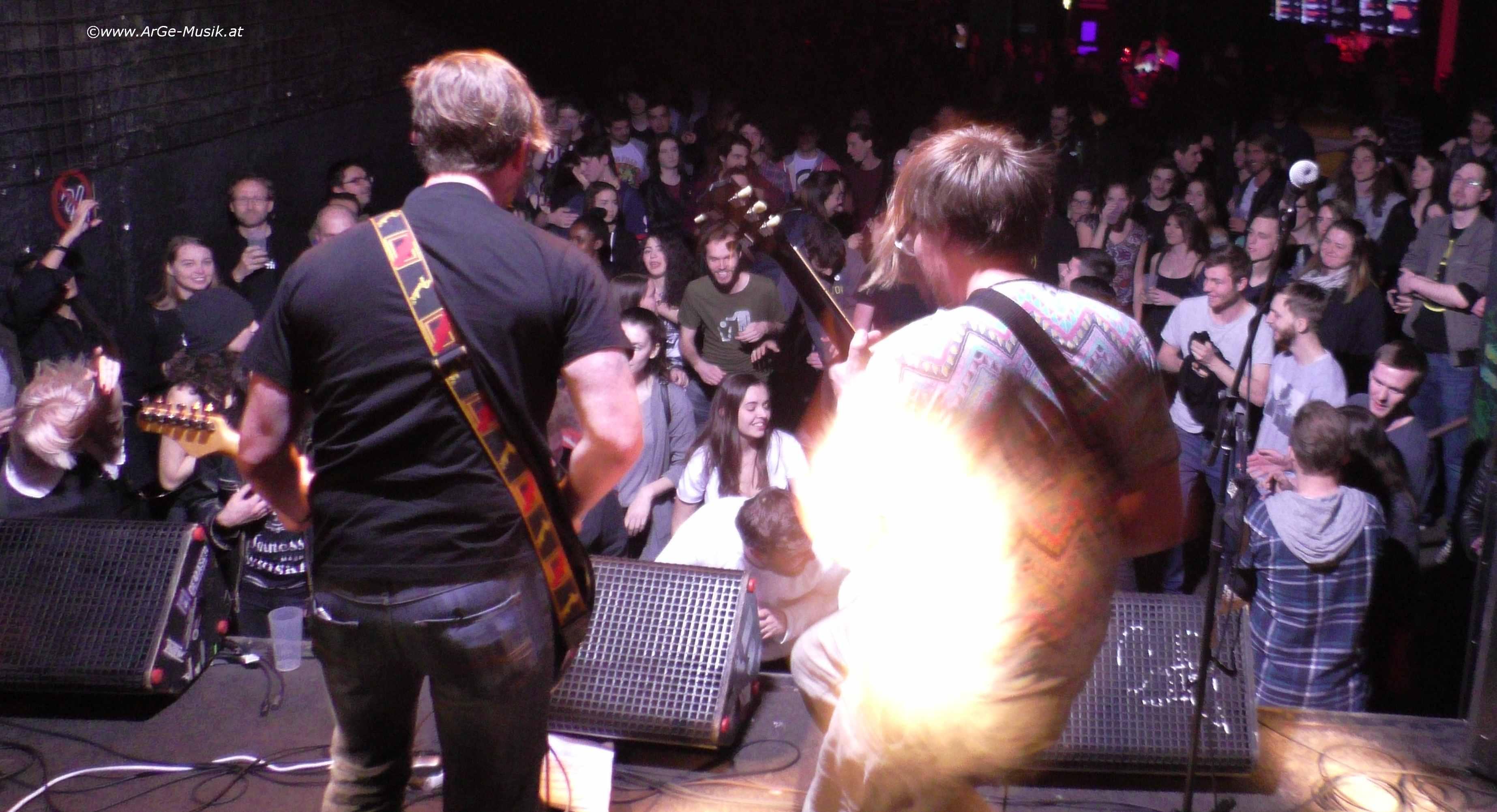 Everyone's Prostitute on stage - Kurt Cobain Tribute 2017 im Flex