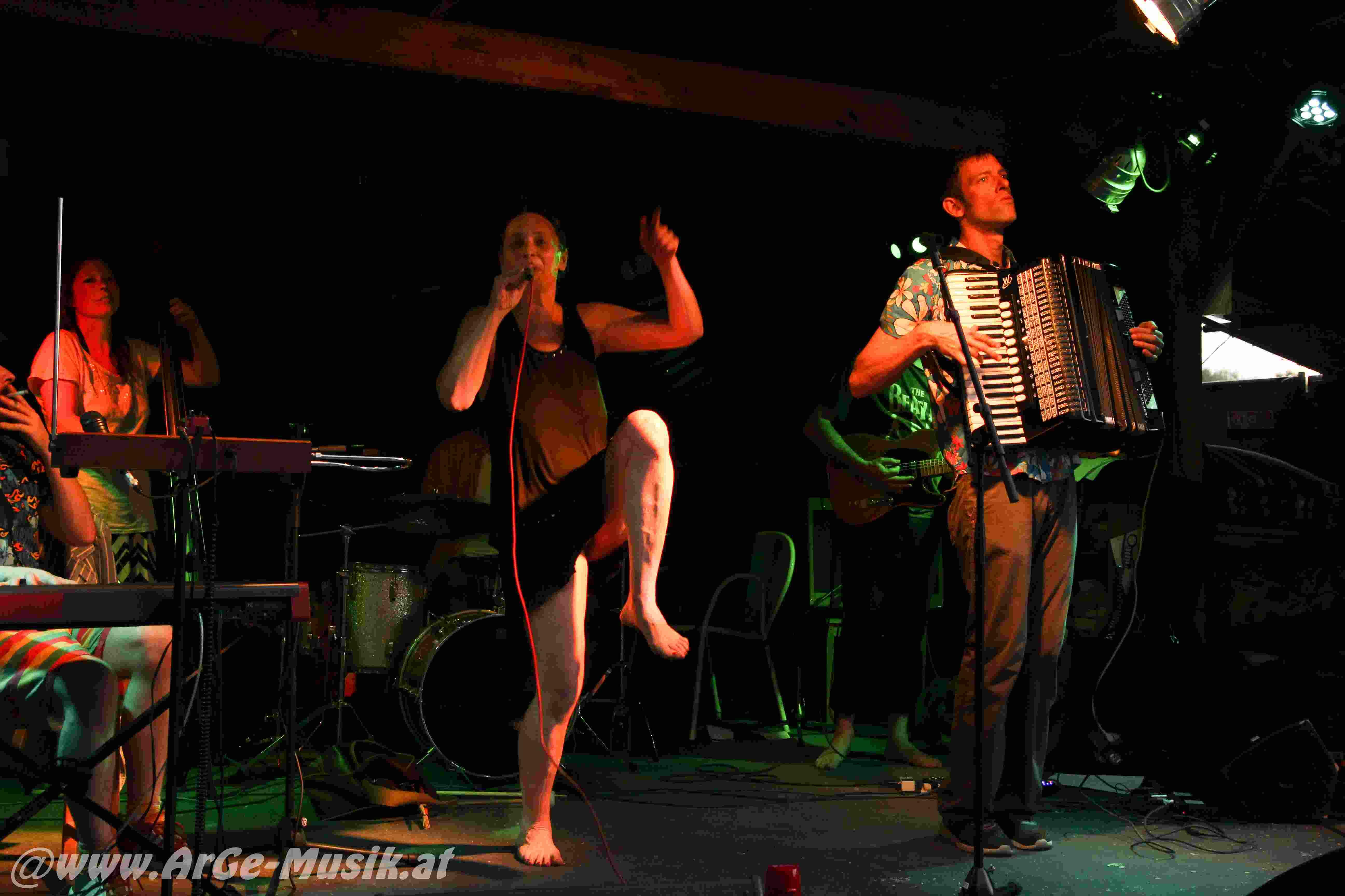 Tini Trampler, Playbackdolls, Das Dreckige Orchestra